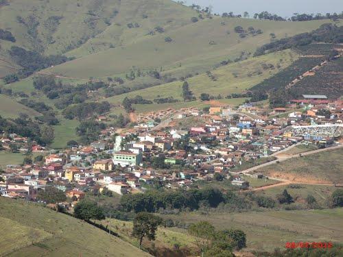Espírito Santo do Dourado Minas Gerais fonte: br.distanciacidades.net